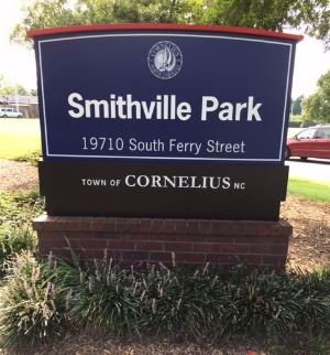 Smithville Park Entrance Sign